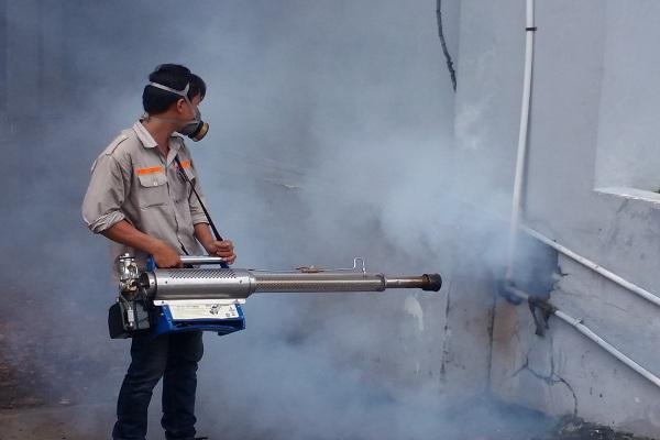 Bán máy phun khói diệt côn trùng