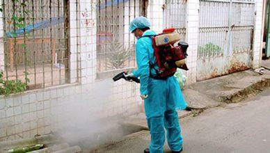 phun thuốc diệt ruồi tại Bắc Giang